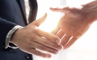 handshaker-580x358
